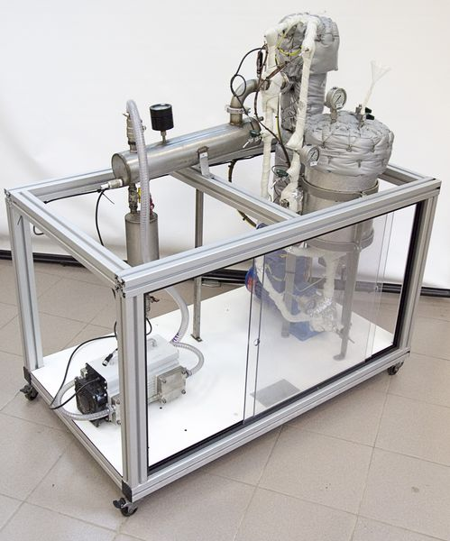 Experimental pervaporation unit