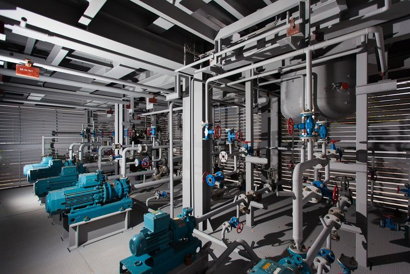 Block-modular unit for vacuum distillation of gas oil (for Malaysia) - internal view
